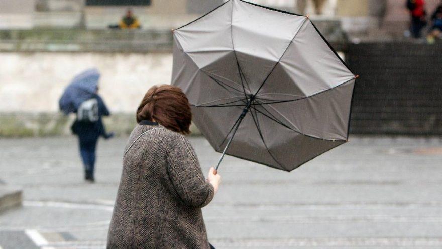 Meteoroloji'den kuvvetli yağış ve fırtına uyarısı! Yarın hava nasıl olacak?
