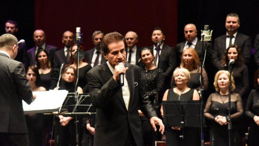 Zekai Tunca 50'nci sanat yılını Bilecik'te kutladı