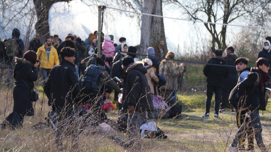 Yunanistan: Sınırdan geçişlere izin verilmeyecek!