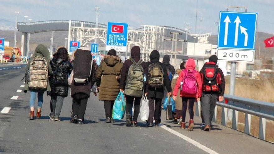Sınırları açmadan önce yakalanan insan kaçakçıları tutuklandı