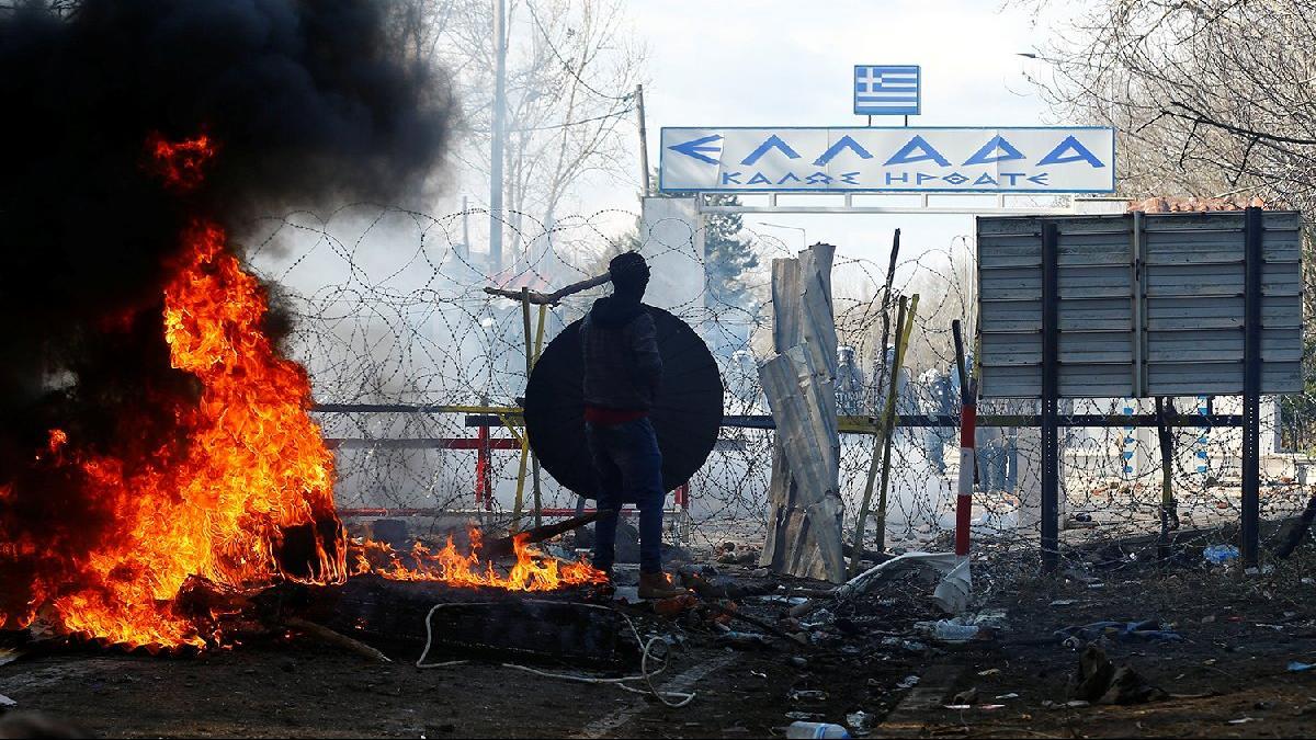 Son dakika... Yunanistan'dan mülteci açıklaması: 4 bin kişi geri çevrildi