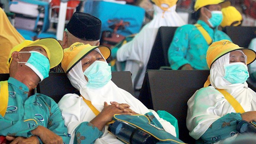Corona virüsü kabusu bitmiyor: Bir ülkede daha çıktı