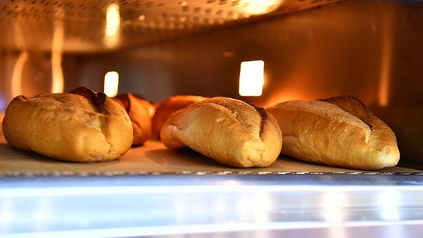Fırıncı market rekabet etti, ekmek 25 kuruş oldu!