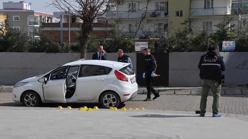 Polis memuru dehşet saçtı! Sevgilisini öldürdü annesini ağır yaraladı