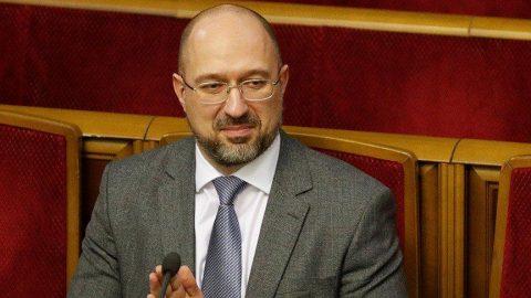 Ukrayna'da başbakan ve bakanların çoğu değişti!