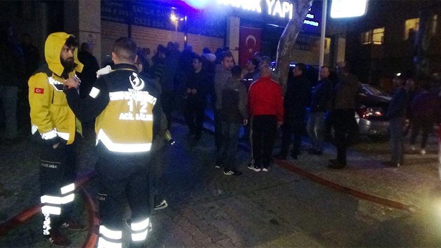 İstanbul'da yangın sonrası ortalık karıştı!