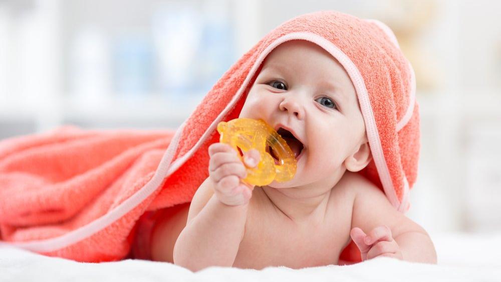 Diş çıkaran bebekler ne yer?