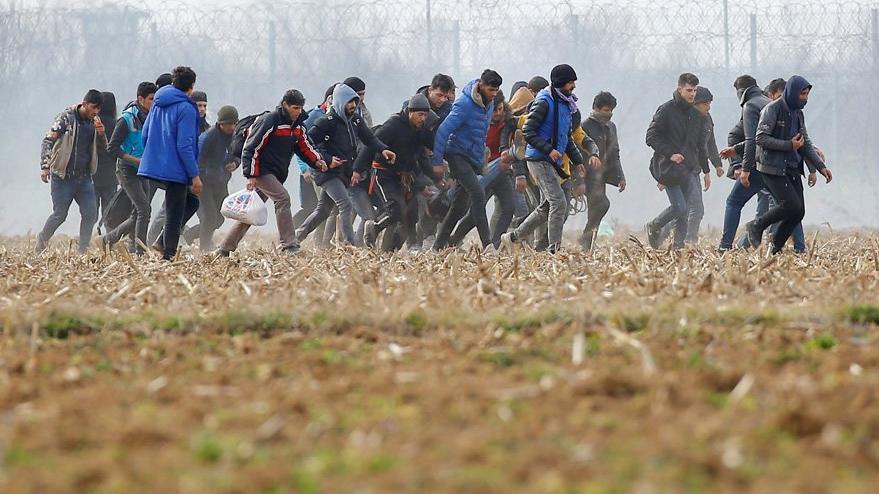 Son dakika... Yunanistan'dan kritik mülteci açıklaması: Geri göndereceğiz