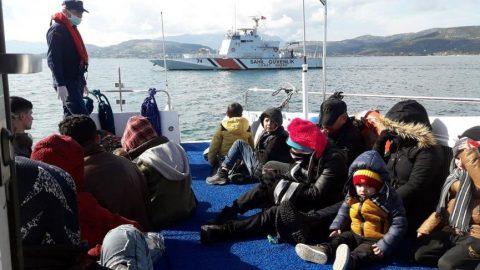 Yunanistan, 34 göçmeni ıssız adada kaderine terk etti!