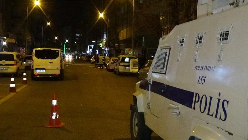 Kavgada silahlar çekildi! Polis harekete geçti