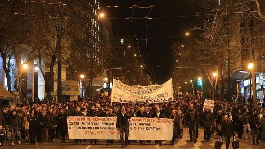 Yunanistan'da göçmenlere destek yürüyüşü!