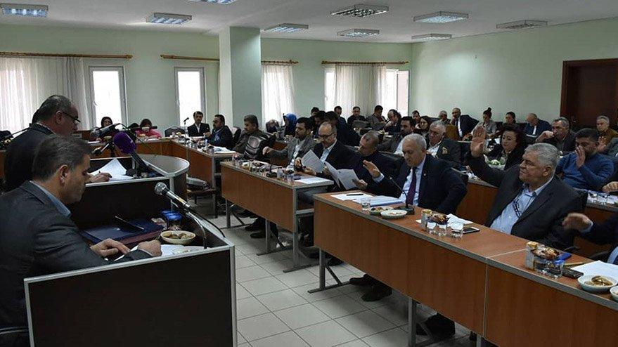 CHP'li belediye, muhtarlara 500 TL ayni yardım yapacak