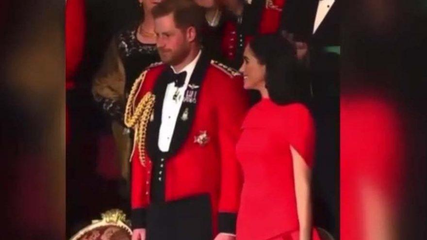 Prens Harry, son kraliyet görevinde alkışlarla uğurlandı