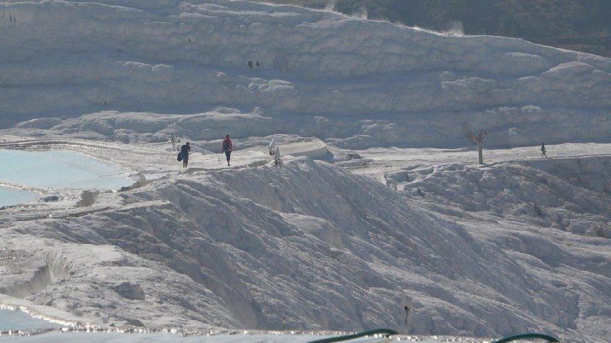 'Beyaz cennet' Pamukkale'ye gelen turist sayısı yüzde 30-35 seviyelerinde azaldı
