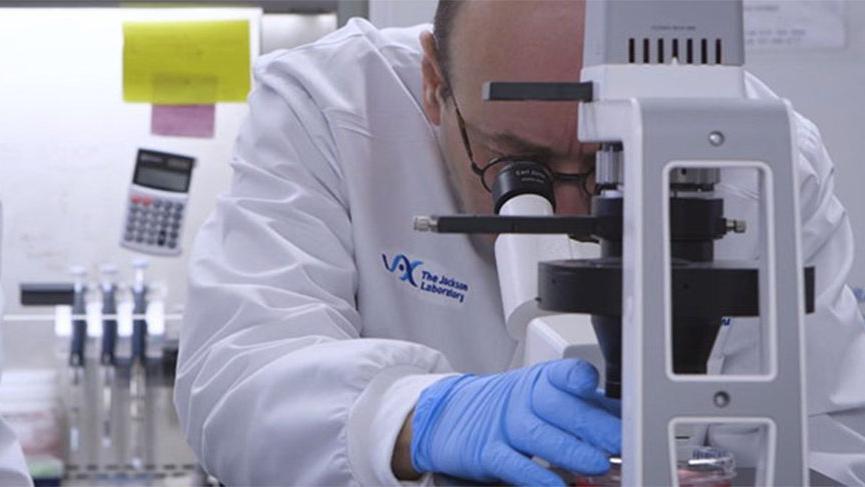 ABD'deki Türk bilim insanı Prof. Dr. Derya Unutmaz'dan umut veren Corona virüsü açıklaması