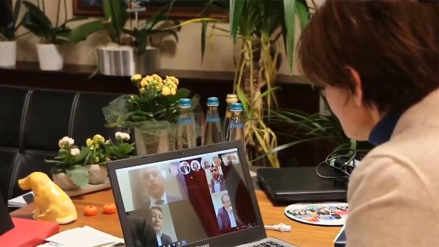 CHP'li Kaftancıoğlu video konferans yoluyla kriz masasını topladı