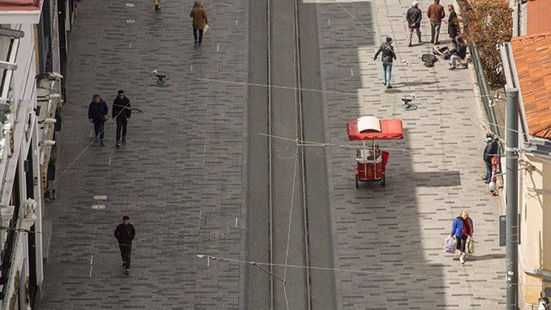 'Cadde ve AVM mağazalarında işler yüzde 70 düştü'