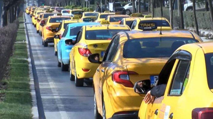 İstanbul'da taksicilerden corona virüsü eylemi