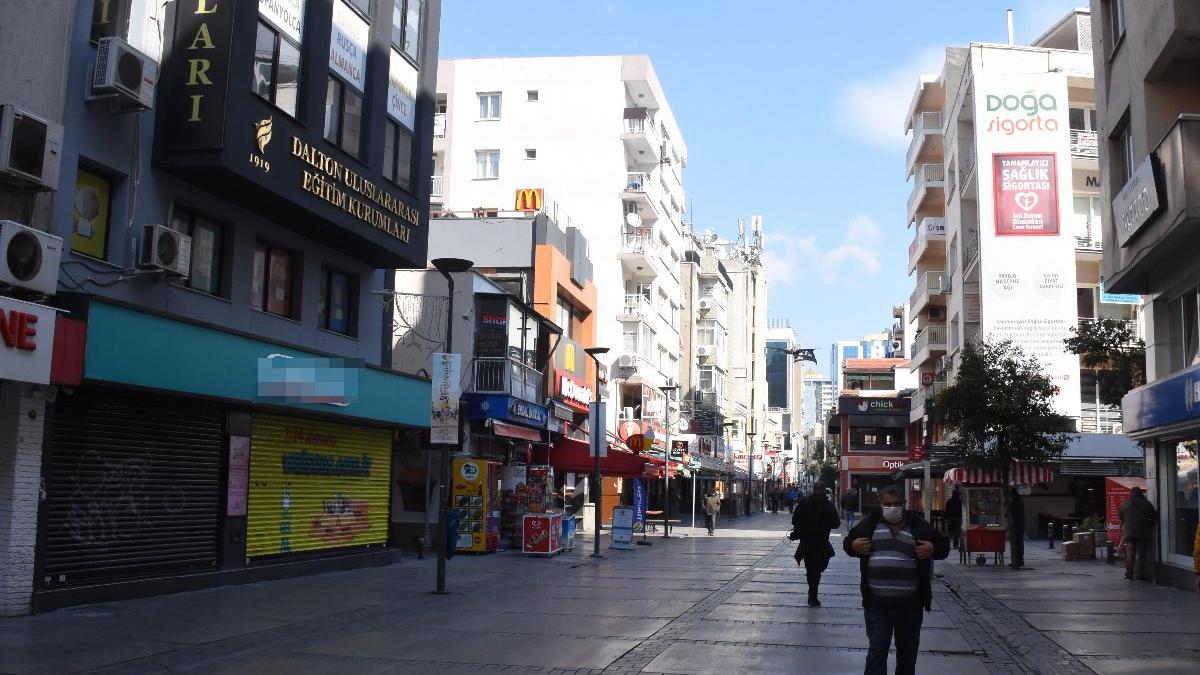 İzmir'in en yoğun bölgelerinde corona virüs sakinliği