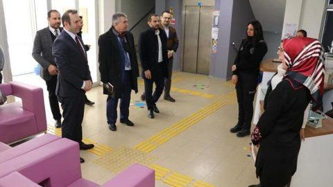 Corona virüsü tedbirlerine uymadılar! AKP'li başkan vekilinden toplu ziyaret