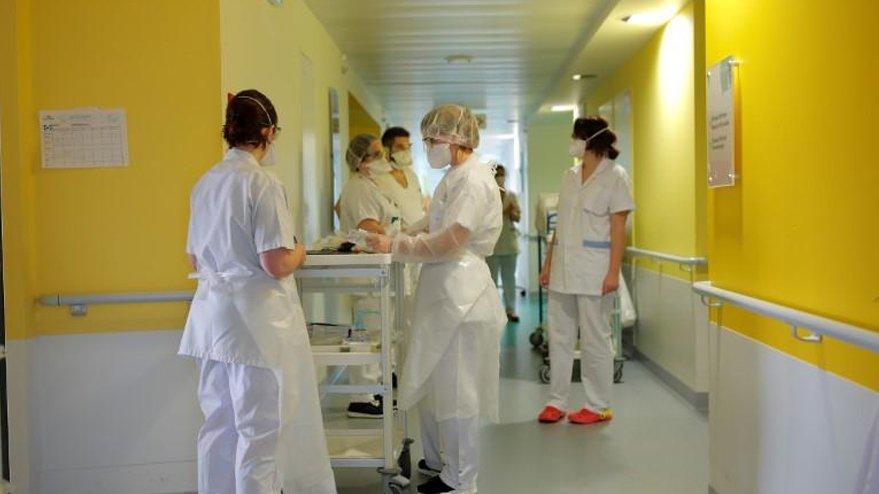 Fransa'da corona virüsünden 9 Türk hayatını kaybetti