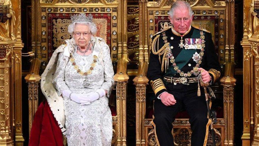 Buckingham Sarayı'nda bir çalışanda corona virüsü çıktı