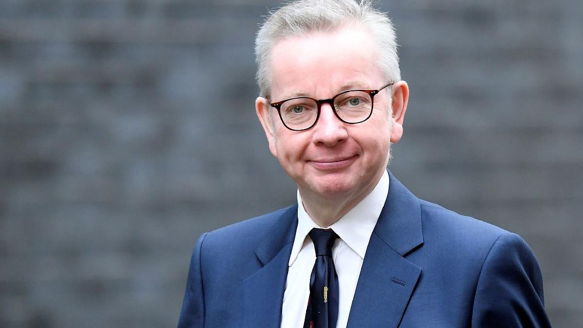 İngiliz bakandan corona açıklaması: Kurallara uyulmazsa...