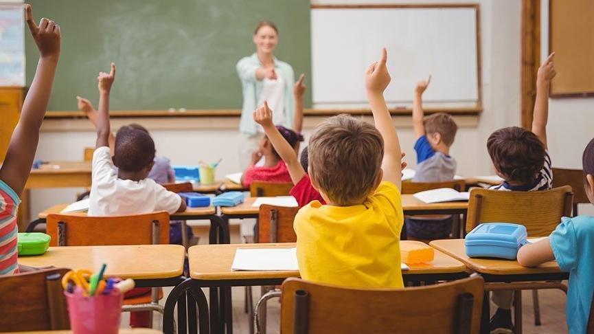 Okul tatilinin 5 hafta uzatılması yeni bir kriz çıkardı