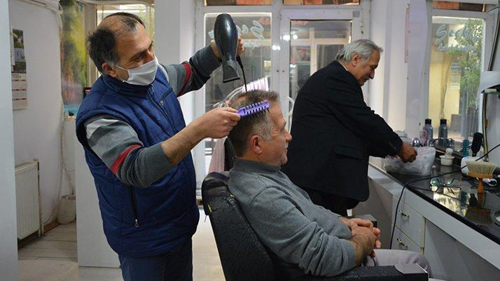 Berberler dikkat! Eve tıraşa gitmenin cezası 3 bin 150 TL
