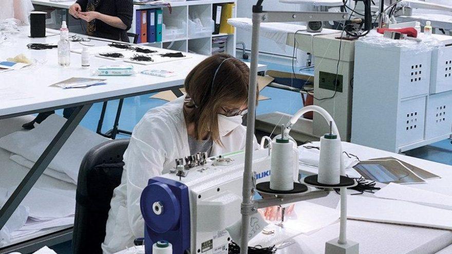 Dior, maske üretebilmek için atölyelerini açtı