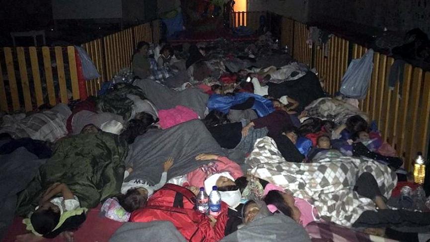 Yunanistan'da ikinci göçmen kampı da karantinada