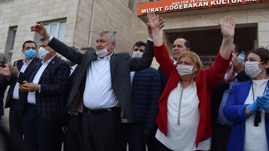 Ceyhan Belediye Başkanı Hülya Erdem oldu!