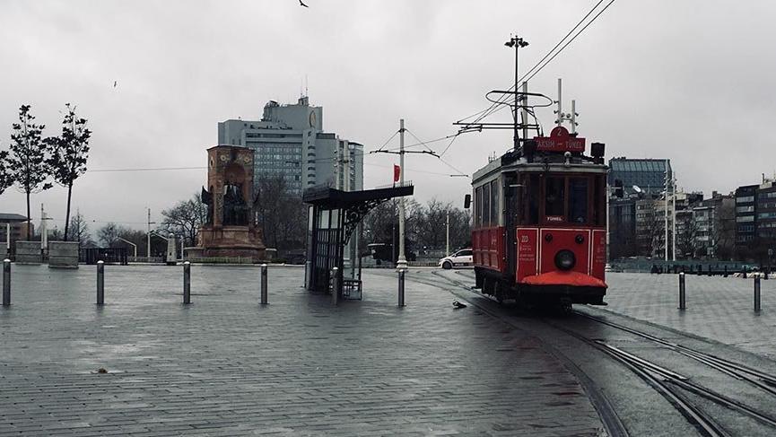 Nostaljik tramvay 'son' seferlerini yapıyor