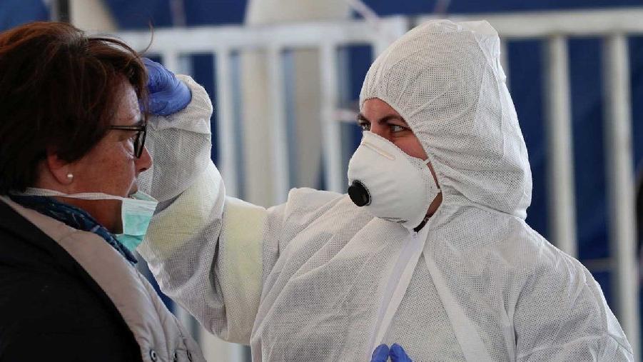 Maskelerle ilgili çarpıcı araştırma: Virüs 7 gün kalıyor