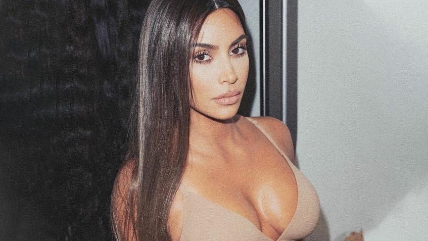 Kim Kardashian annesi Kris Jenner ile parfüm koleksiyonu hazırladı