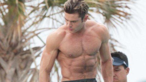Zac Efron kaslı vücuda sahip olmaktan dolayı pişman olduğunu söyledi