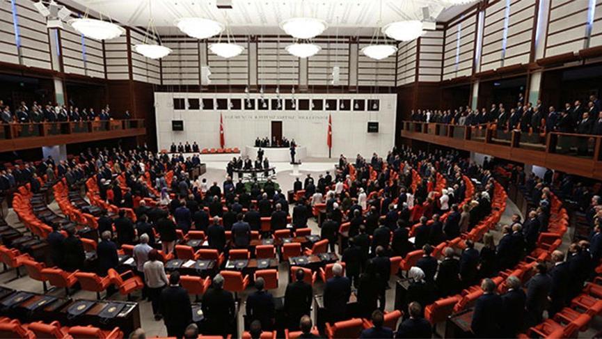 CHP'nin sağlıkta şiddet yasa tasarısını dün reddeden AKP ve MHP'den bugün şaşırtan hamle