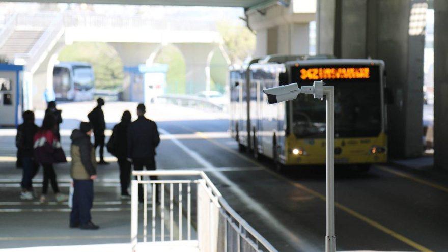 İstanbullular dikkat! Metrobüs duraklarında 'virüs' önlemi