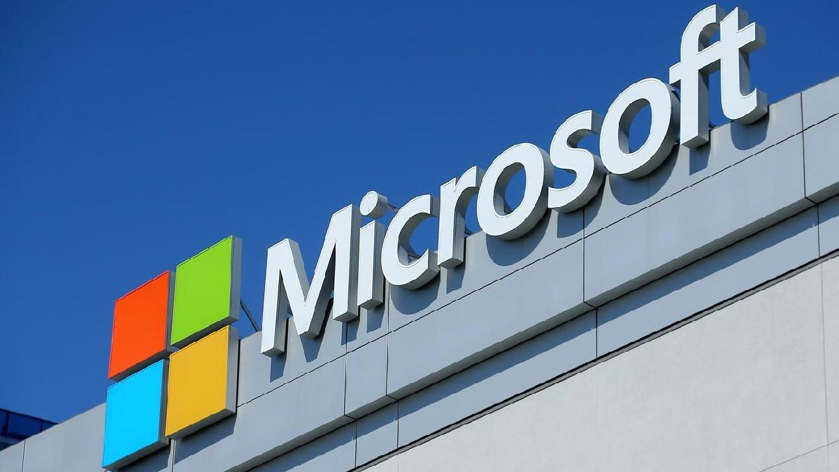 Microsoft çalışanlarına üç ay ücretli izin veriyor