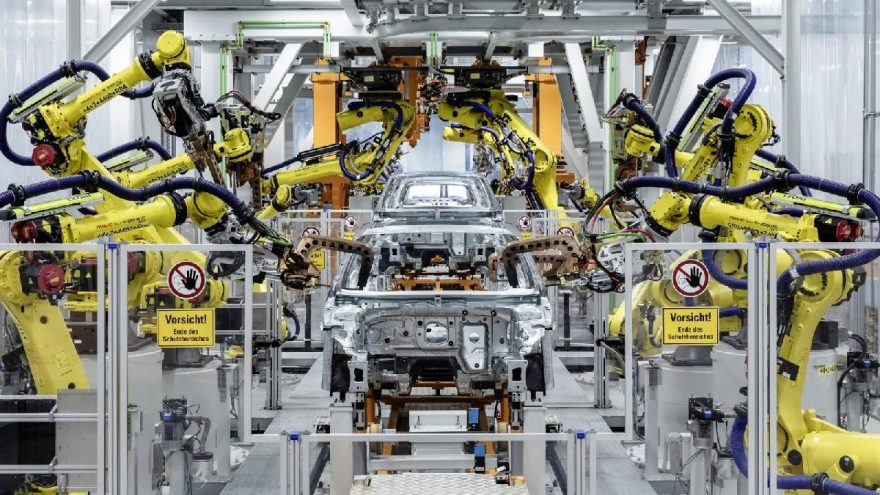 Türk otomotiv sanayi tarihindeki en zor dönemini yaşıyor