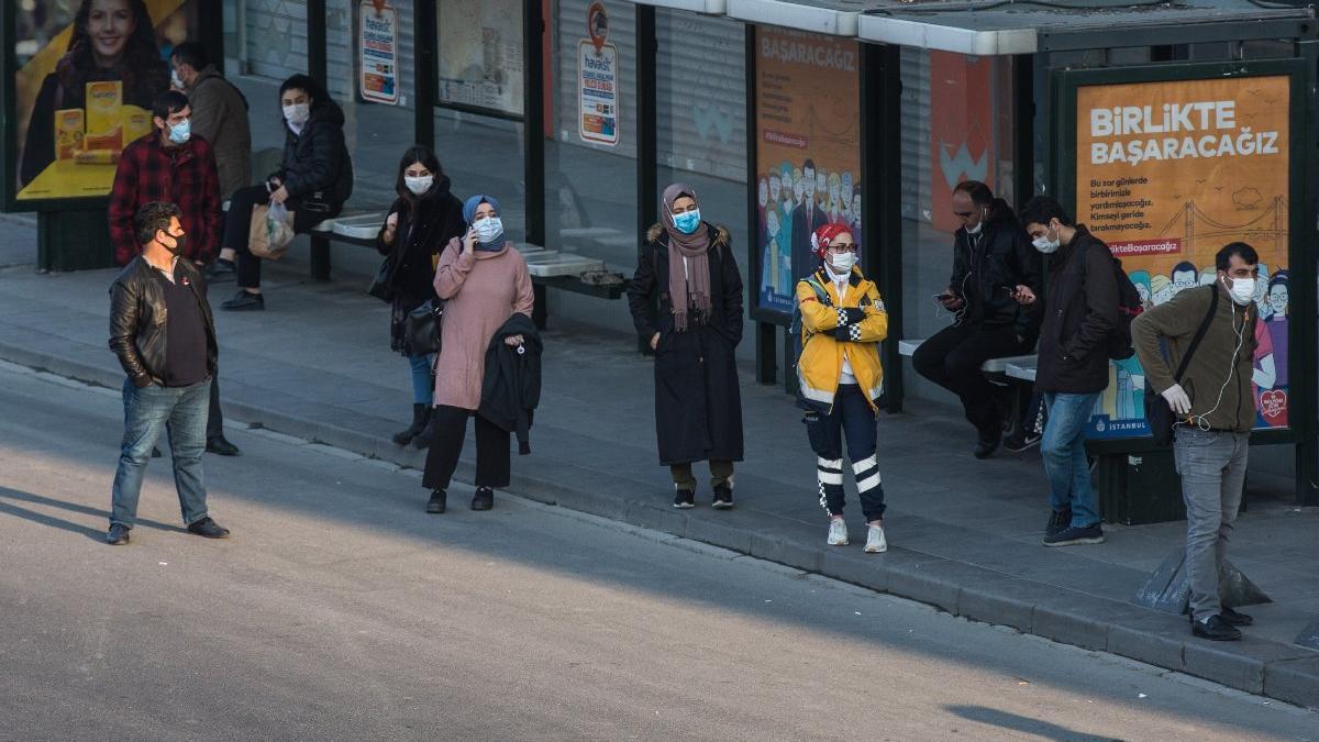 İstanbul'da sokağa çıkma yasağında İETT, metro ve metrobüs nasıl çalışacak?