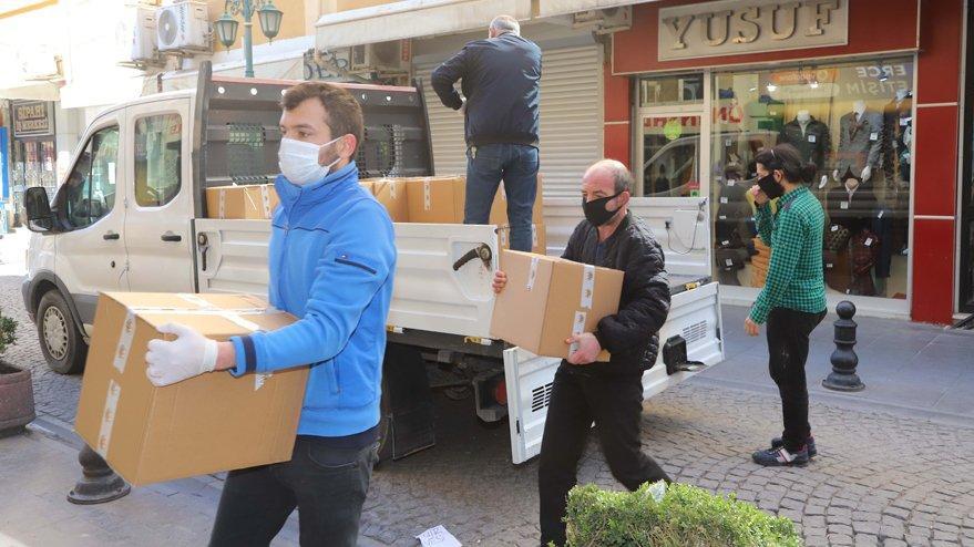 Hesapları bloke edilen CHP'li belediye yardımlarını sürdürüyor