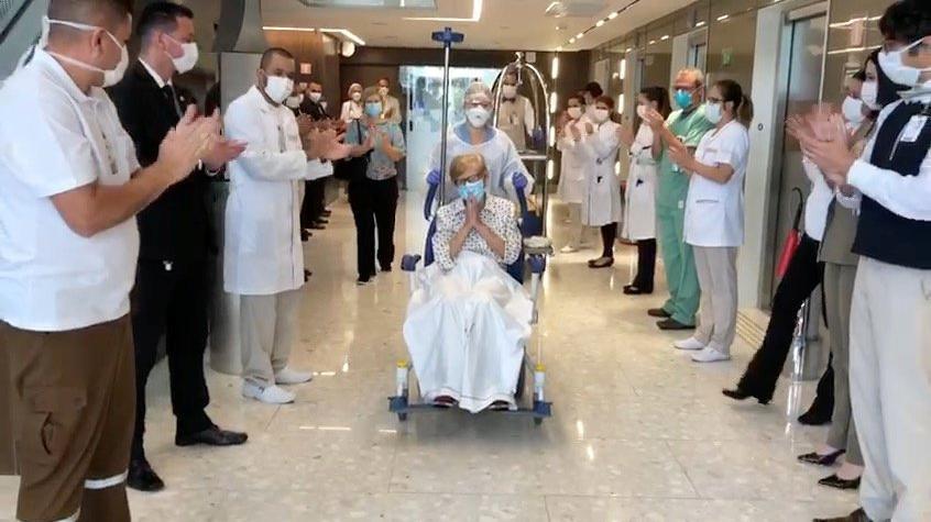97 yaşındaki kadın corona virüsünü yendi