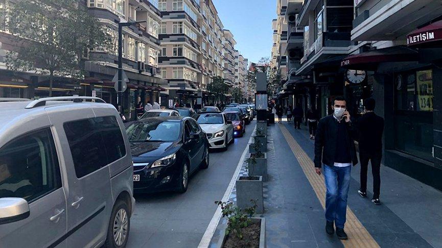 Yasak kalktı, insanlar sokaklara akın etti!