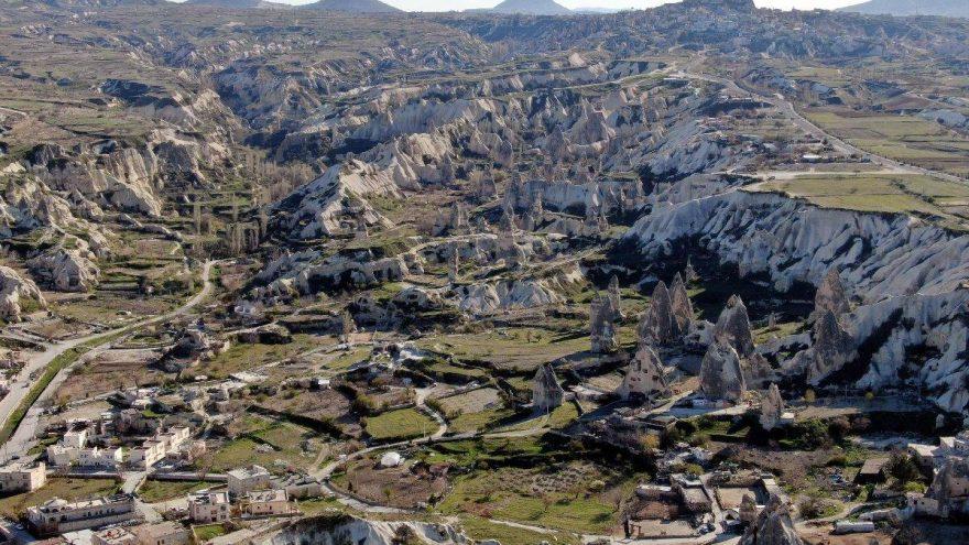 Kapadokya'da doğa nefes alıyor