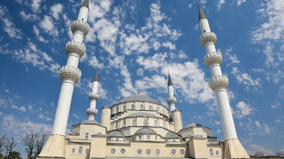 Ramazan ne zaman başlayacak? 2020 ilk iftar ve ilk sahur ne zaman?