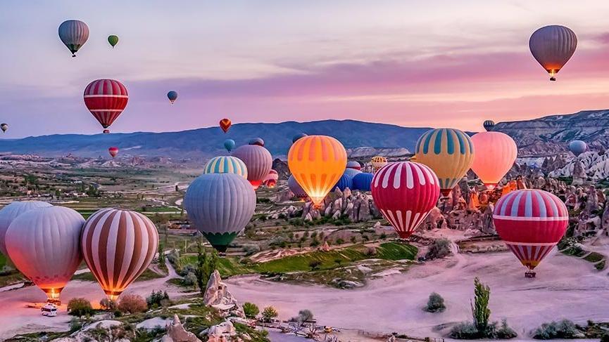Kapadokya'da sıcak hava balon turları 1 Temmuz'a kadar ertelendi
