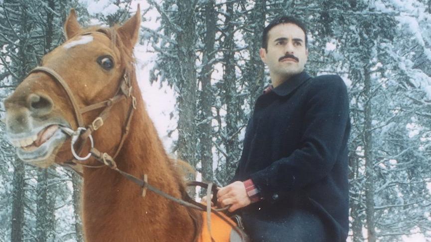 Alper Kul 'atın sesi' oldu