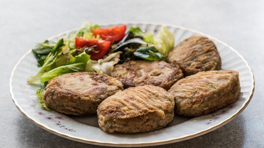 Kadınbudu köfte nasıl yapılır? Geleneksel lezzet kadınbudu köfte tarifi…