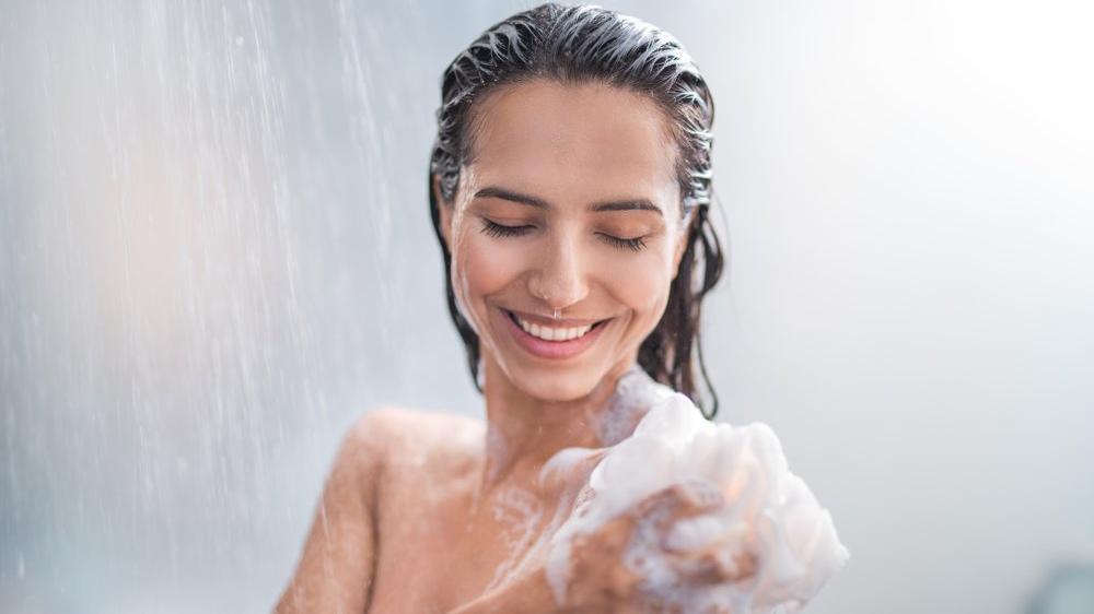 Cildimiz için doğru banyo nasıl yapılır? Banyoda ne kadar durulmalı? - Güzellik haberleri